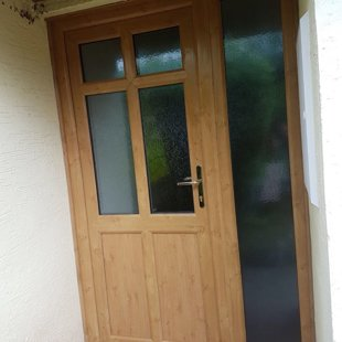 Irish Oak PVCu Door with Side-Screens