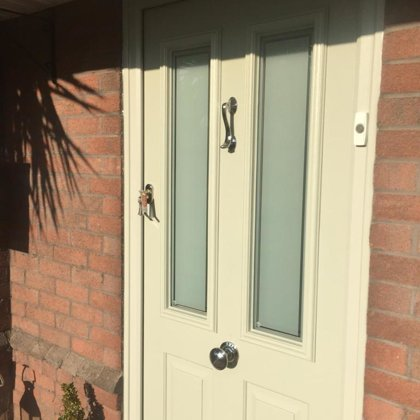 Cream Solidor Ludlow 2 installed in Caerwent for the Gillespies